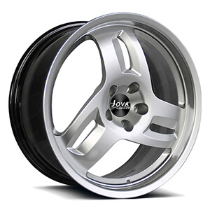 3 spoke alloy wheels