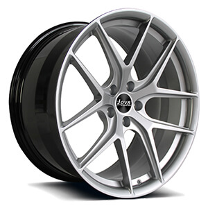 black and silver mustang wheels